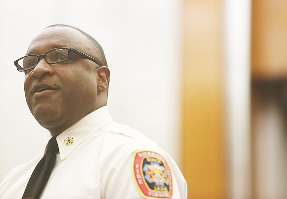 Richmond City Council's Public Safety Committee voted to kill legislation that would give Fire Chief Melvin Carter greater decision-making authority ...