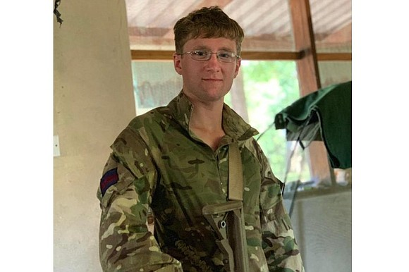 A British soldier was killed by an elephant during an operation against poachers in Malawi, the UK Ministry of Defence ...