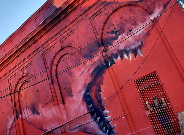 Shark Mural Artist:  Shark Toof