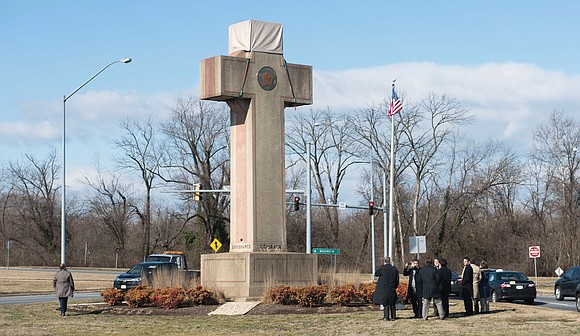 A 40-foot-tall cross-shaped war memorial standing on public land in Maryland does not represent an impermissible government endorsement of religion, ...