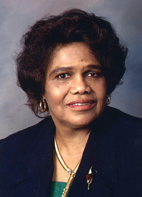 Dr. Edith Irby Jones, one of the first African-American students to enroll at an all-white medical school in the South ...