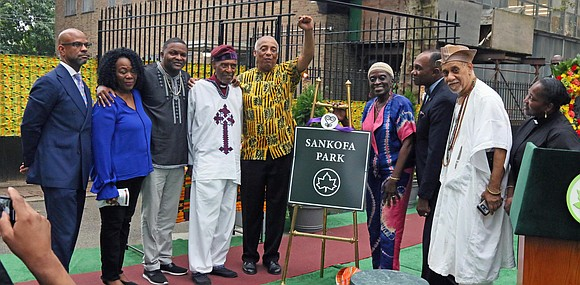 NYC Councilmember Inez Barron and NYS Assemblymember Charles Barron joined together to honor the legacy of African ancestors who endured ...