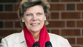 Cokie Roberts, the daughter of politicians and a pioneering journalist who chronicled Washington from Jimmy Carter to Donald Trump for ...