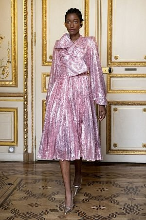 Flying Solo's Paris Fashion Week show featured fashion collections of over 40 designers in an incredible presentation at Salon Marceau, ...
