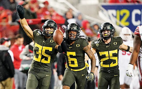 The Oregon Ducks won the Pac-12 title and will be back in Pasadena, Calif. for the Rose Bowl