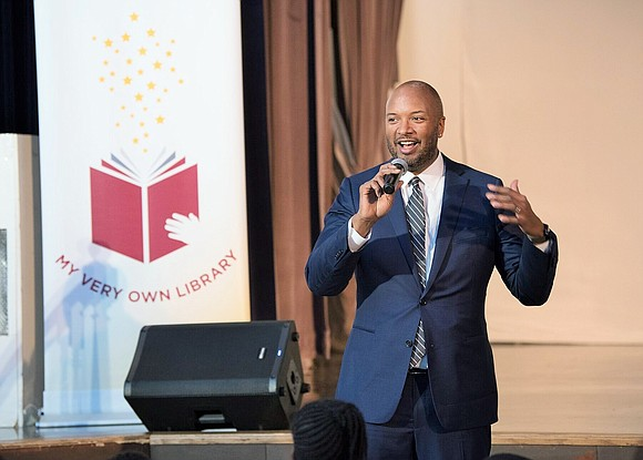 Among the goals of a literacy program managed by the University of Chicago, is to encourage more students to read ...