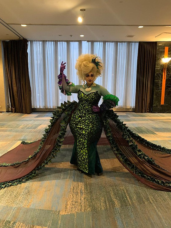 The weekend of Jan. 24-26 was a theater-lover's dream as the fifth annual BroadwayCon 2020 took place at the New ...