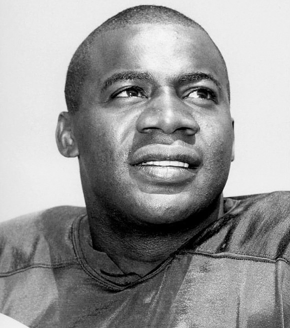 Willie Wood, the college quarterback who became an NFL Hall of Fame safety, died Monday, Feb. 3, 2020, at age ...