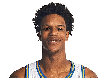 Talk about a tough act to follow. Shareef O'Neal, the 20-year-old son of basketball star Shaquille O'Neal, is transferring to ...