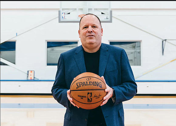 On Monday, the Knicks officially announced the hiring of Leon Rose as the team's new president.