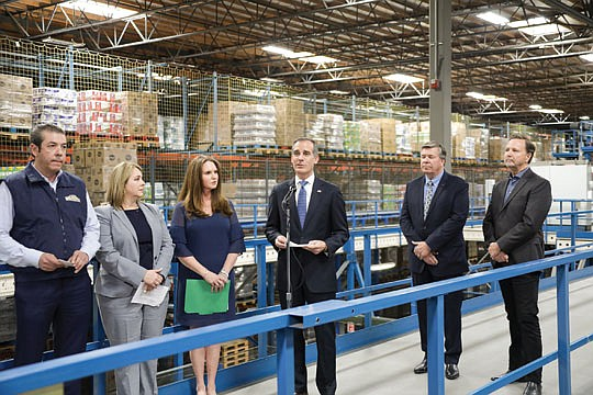 Mayor Eric Garcetti joined grocery executives at a regional food..