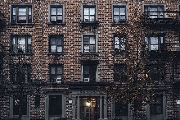 In Manhattan, where an apartment is typically gone in a New York minute, more than 13,000 units are sitting empty, ...