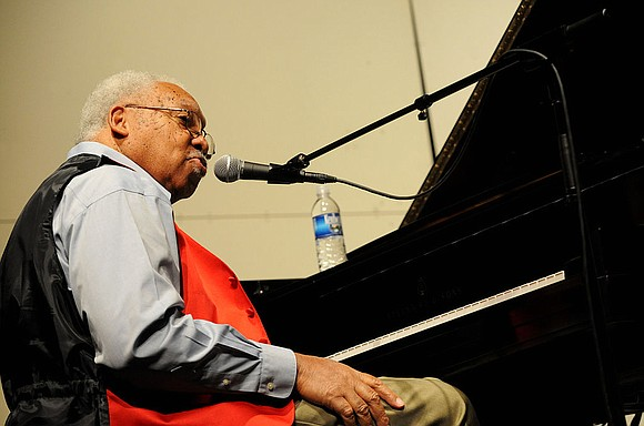 Ellis Marsalis Jr., the jazz pianist, teacher and patriarch of a New Orleans musical clan, died late Wednesday after battling ...