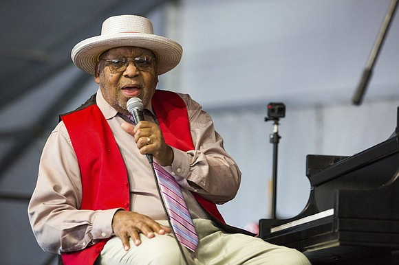 Ellis Marsalis Jr., the jazz pianist, teacher and patriarch of a New Orleans musical clan, died late Wednesday from pneumonia ...