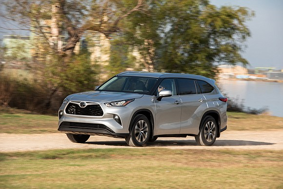 The last version of the Toyota Highlander had about a nine percent share of the crossover market. But the automaker ...