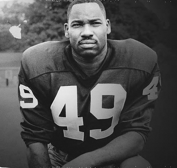 """Former NFL great Robert Cornelius """"Bobby"""" Mitchell, famous for immense talent and racial trailblazing, died Sunday, April 5, 2020."""