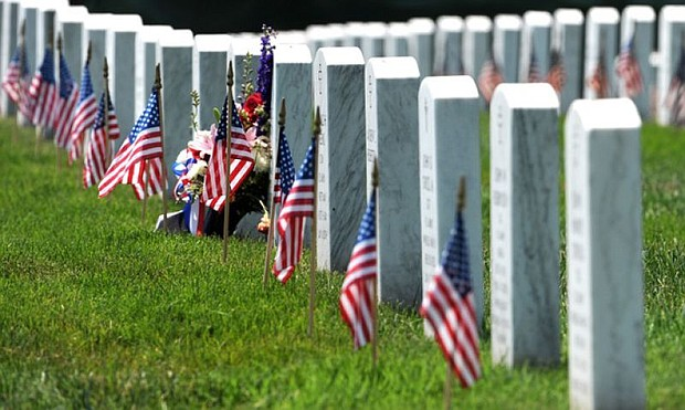 The American Legion pays tribute to America's fallen veterans