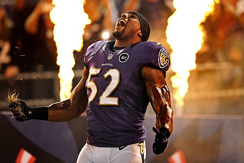 """Baltimore Ravens Hall of Fame linebacker Ray Lewis is starting his own podcast called, """"Everyday Greatness. The Ray Lewis Podcast."""" New episodes will be available every Friday on iTunes, Spotify, Google podcasts, PodcastOne.com and other platforms."""