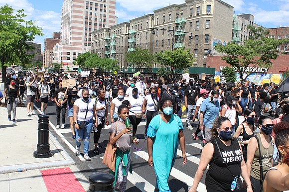 As protests around the city over the police killing of George Floyd continue, hundreds of demonstrators made their way down ...