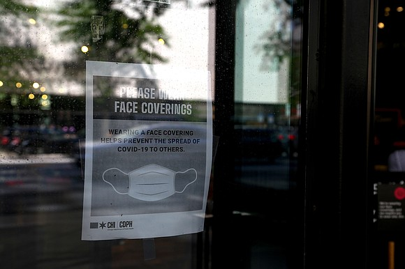 Anyone who assaults an employee enforcing the use of masks can now be prosecuted as aggravated battery in Illinois.