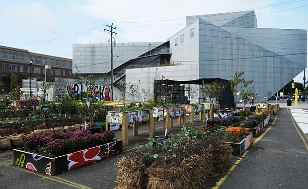 Resiliency Garden at the ICA