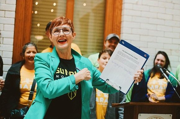 Sarah Iannarone is showing off some impressive support from the local Black community in her runoff election for Portland mayor ...
