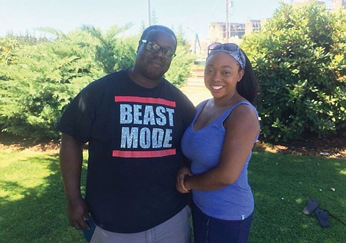 Cousins Larry Myles and Alexis Frazier have teamed up to open Heavyweights BBQ, a catering company that features fulfilling southern family barbecue meals.