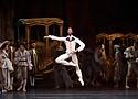 """Calvin Royal III as Lescaut in """"Manon"""""""