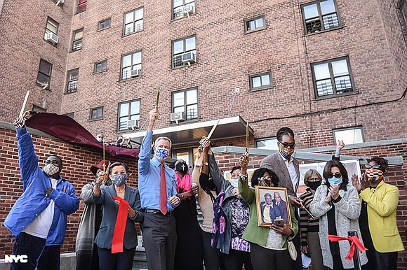 City agencies and elected officials recently cut the ribbon on the Marcy Houses Community Center in Bed-Stuy, Brooklyn.