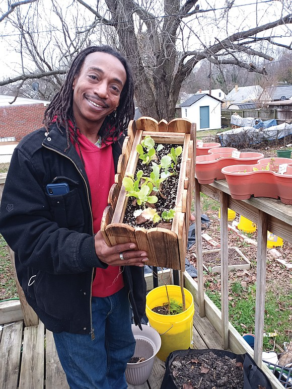 Randy Battle has a passion for gardening. Now he's sharing that passion with a worldwide audience.