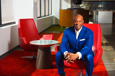 Comcast today announced it has promoted Rich Jennings to President of Comcast Ca- ble's West Division, reporting to Comcast Cable ...