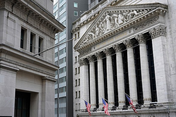 The Dow tumbled more than 600 points around midday Monday, the first trading day of the New Year, as investors ...