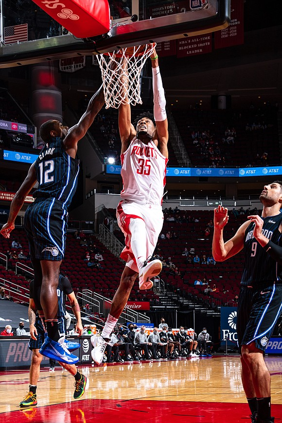 The Houston Rockets (3-4) broke a two-game losing streak on Friday night as they defeated the Orlando Magic (6-3) by ...