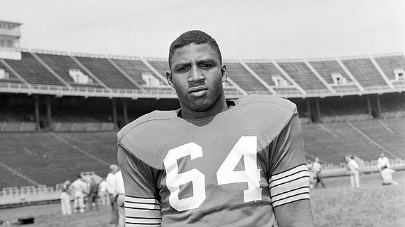 Aurealius Thomas, among the Black college football All-Americans, died Friday, Feb. 5, 2021. He was 86.