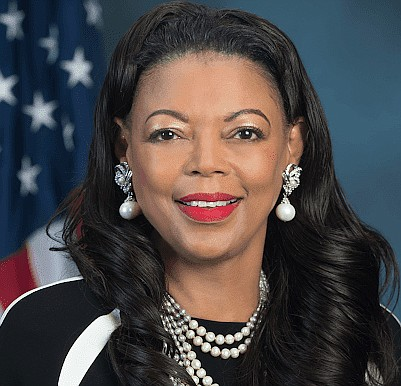 Denise Cleveland-Leggett said her relationship with Dr. Ben Carson, the former secretary of the U.S. Department of Housing and Urban Development (HUD) was a key factor in accepting the position of regional administrator for HUD's Region IV. Dr. Carson served as a mentor to her husband, Dr. Christopher J.W.B. Leggett, an interventional cardiologist, when he studied at Johns Hopkins University.