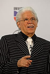 Johnny Pacheco, the Dominican divo of salsa music, died at the age of 85..