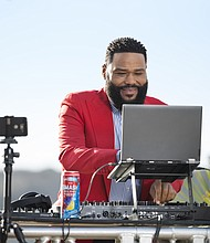 Anthony Anderson's new brand deal Smirnoff.