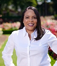 Former Multnomah County Commissioner Loretta Smith announced Tuesday she is running for Oregon's new Congressional seat.