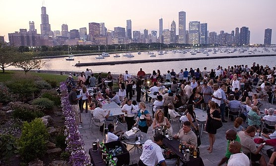 Jazzin' Returns At Shedd Aquarium For Five Exciting Evenings popular Midweek event Series Offers Incredible Music, Skyline Views and Surprise Animal Moments.  Photo credit: ©Shedd Aquarium/Brenna Hernandez