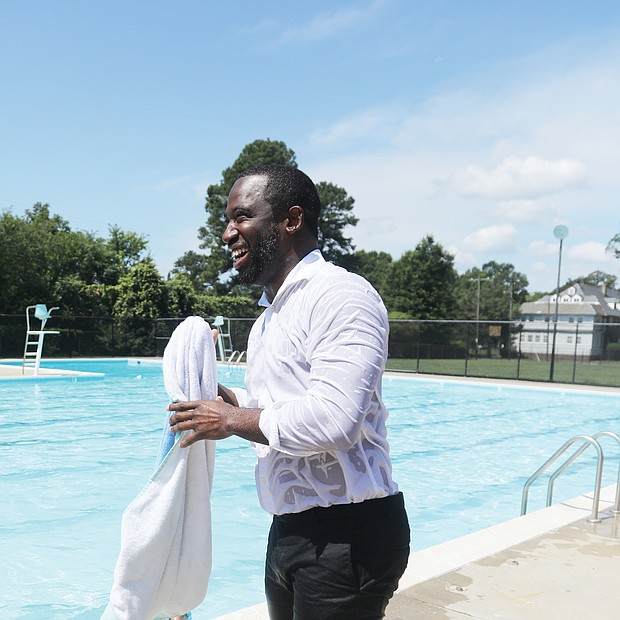 Making a splash/With the temperature reaching 95 degrees by noon on July 1, Mayor Levar M. Stoney and Chris Frelke, director of the city's Department of Parks, Recreation and Community Facilities, wrapped up a news conference a Hotchkiss Field Community Center in North Side by jumping in the pool - clothes, shoes, socks and all. Mayor Stoney dries off afterward, with no word on whether his wardrobe was of the drip-dry variety.