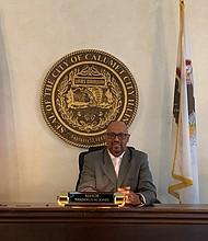 Senate Bill 825 allows Calumet City Mayor Thaddeus Jones, who also is a State Representative, to serve in both capacities. Photo by Tia Carol Jones