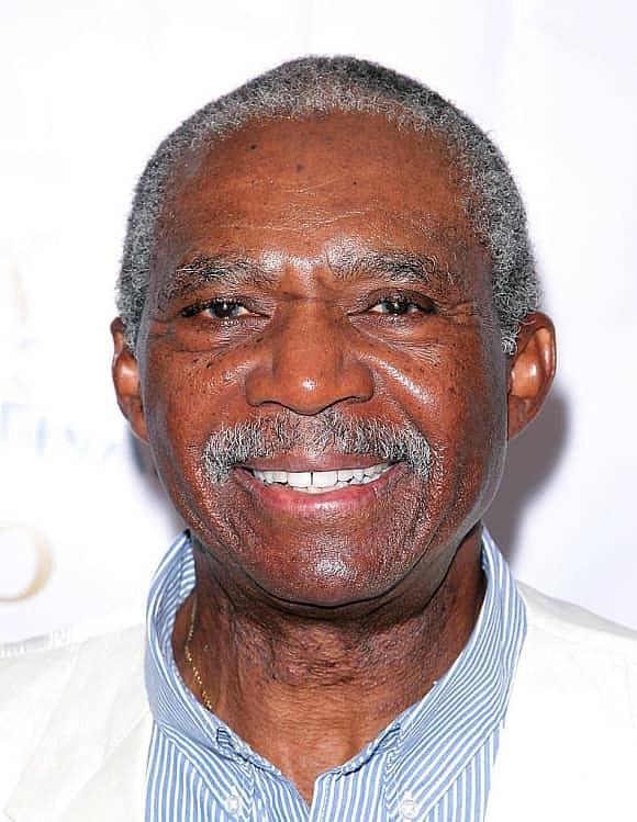 Charlie Robinson, a beloved actor, dies at 75...