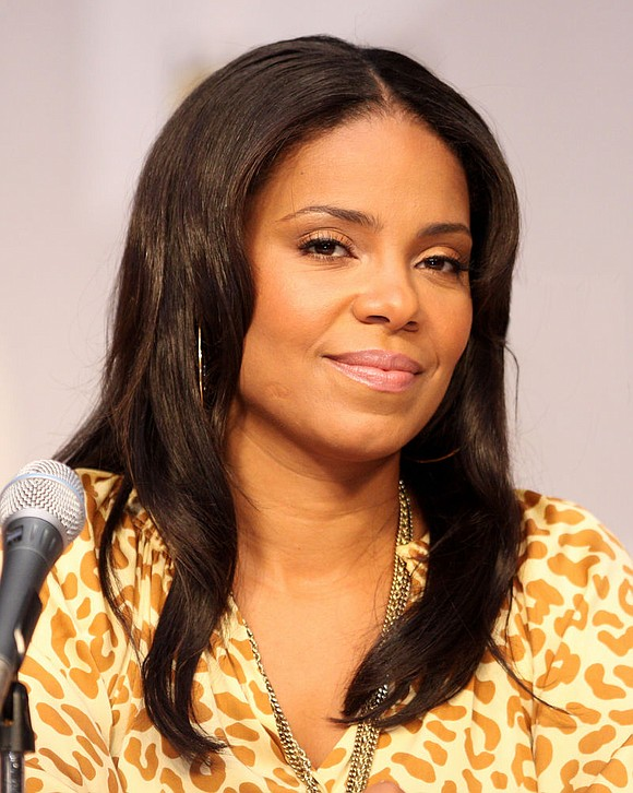 Sanaa Lathan has revealed she has given up alcohol, according to PEOPLE Magazine...
