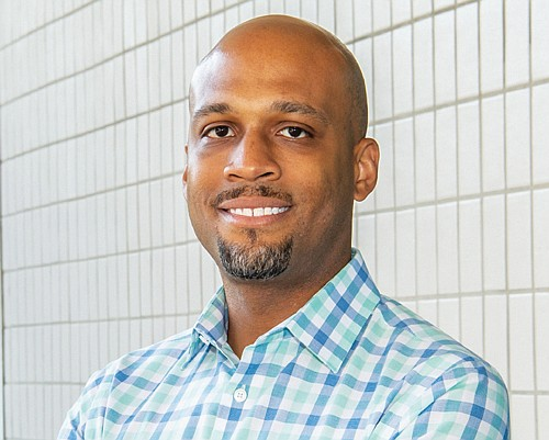 Community leader, nonprofit executive and Veteran Ashton Simpson runs for a seat on the Metro Council representing east Portland and the communities of Gresham, Fairview and Troutdale.