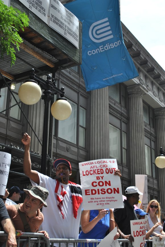 Another day, another breakdown in talks between Con Edison management and the union that supplies...