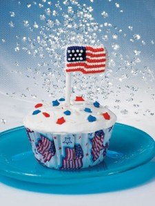 These all-American cupcakes are festively adorned in red, white and blue from top to bottom, beginning with star-studded Old Glory ...